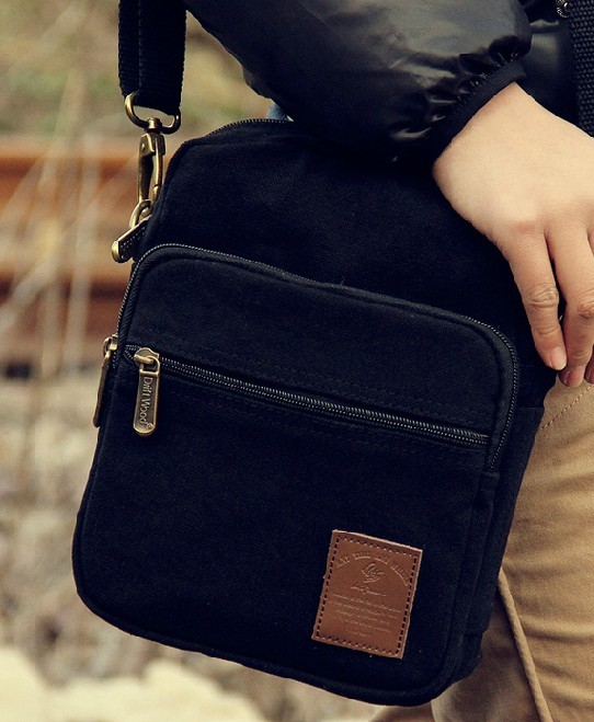 ... black canvas messenger bag for women ... 8d3844941