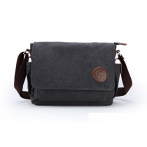Stylish shoulder bag, black bag
