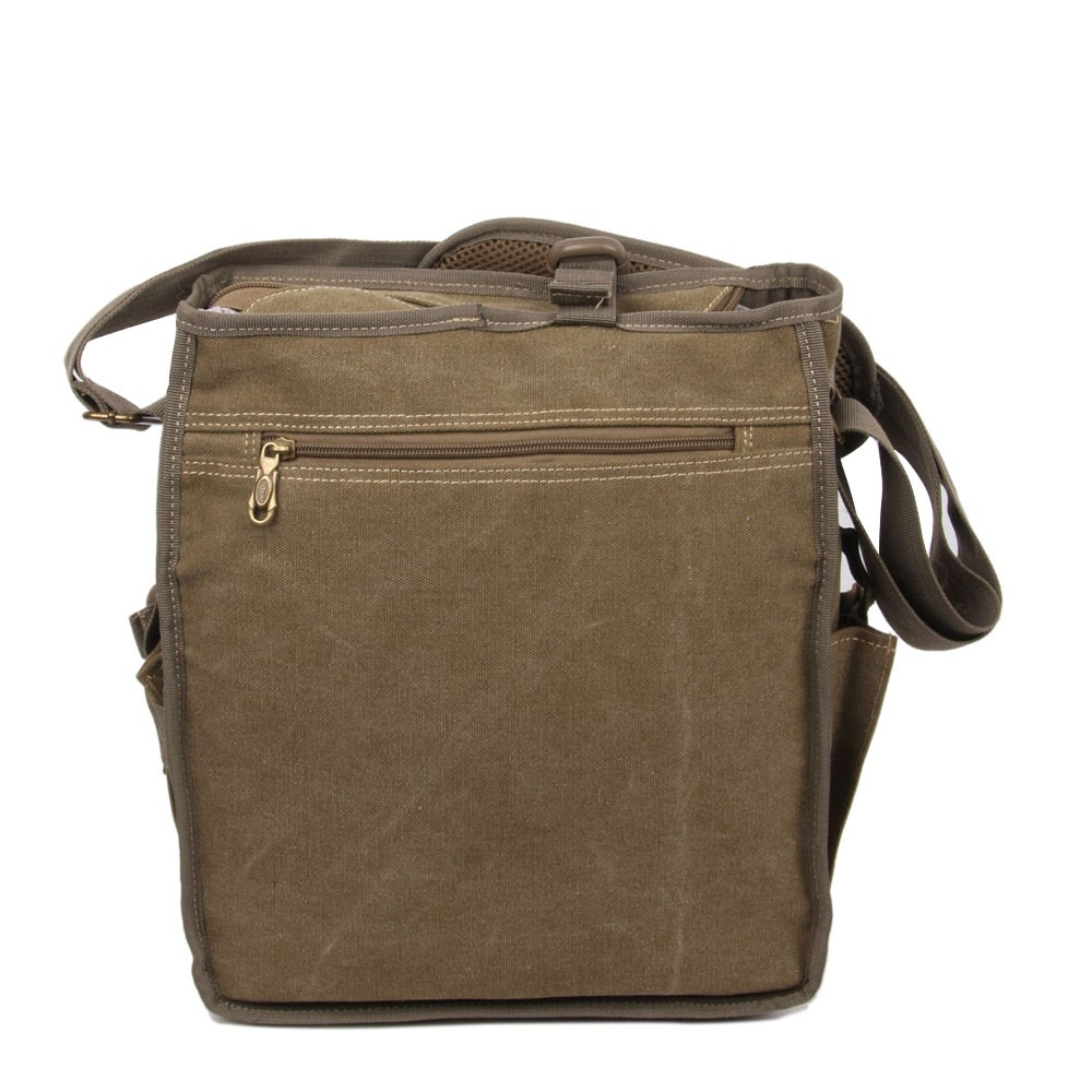 Whether you are globe-trotting for work or hauling kids for soccer practice, travel is made a breeze with the high quality and light weight design of Copper River Bag Co. We offer bags for men and women, bachelors and parents, creative types and gun owners, and everyone in between.