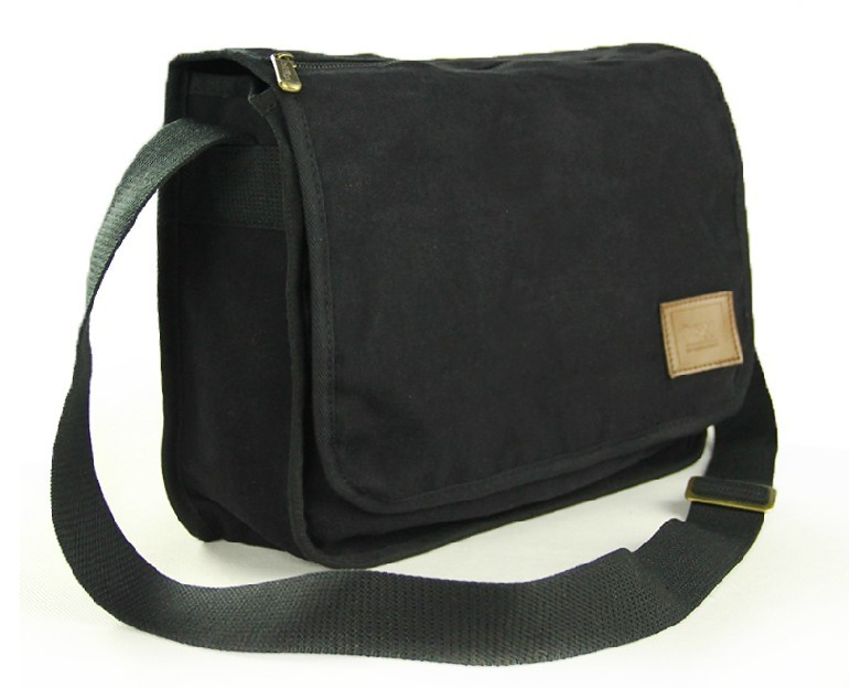 Black Canvas Bag Over Shoulder 35